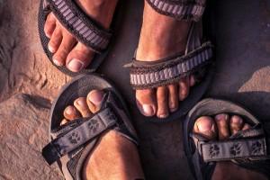 Dreckspatzen - staubige Füße