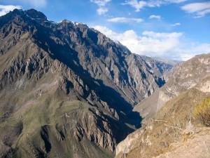 Blick hinunter in den Colca Canyon