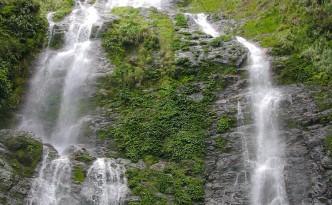 Wasserfall im Kinabalu Nationalpark